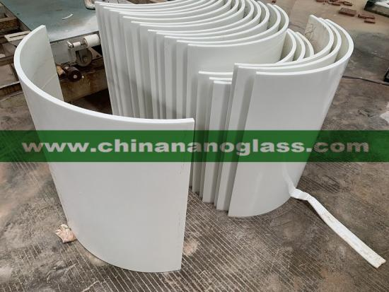 Factory supply Polished White Glass Column Directly