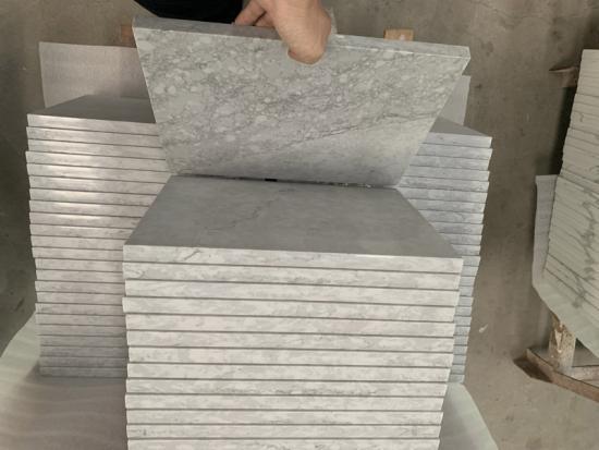 White Calacatta Quartz Glass Slabs for Quartz Kitchen Counters