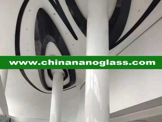 pure white crystallized glass column
